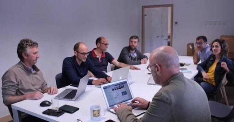 Illustration de l'article Développement local : coworking et tiers lieux, travail partagé en poupe