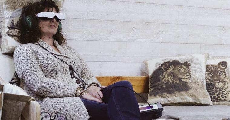 Illustration de l'article [ Dordogne ] Relax : Casque de pointe et lunettes antistress