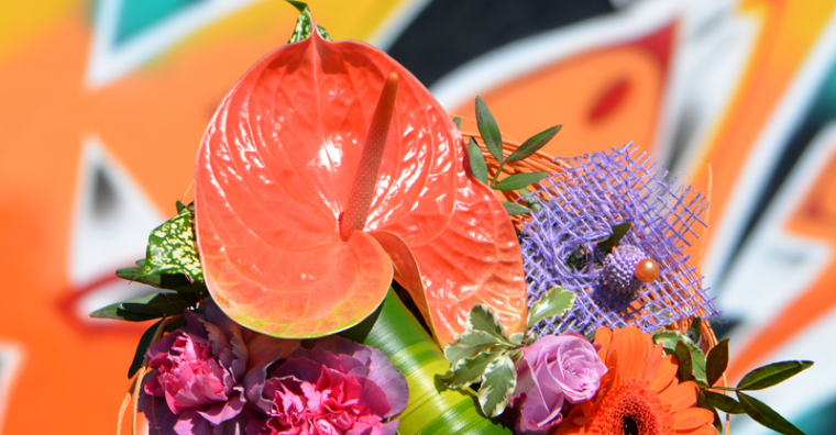 Illustration de l'article [ Lot-et-Garonne ] Carrément Fleurs : Des bouquets tous droits inspirés de l'art de la rue